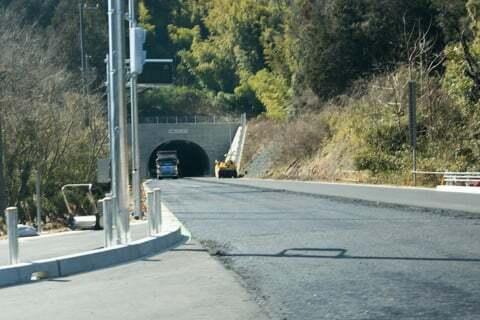 小島山トンネルの写真