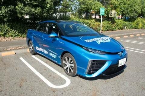 燃料電池車ミライの写真