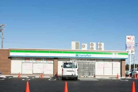 ファミリーマート可児坂戸北店の写真