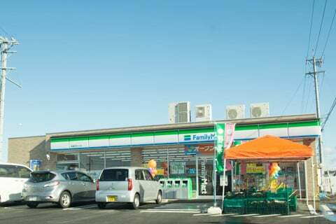 ファミリーマート美濃加茂川合店の写真