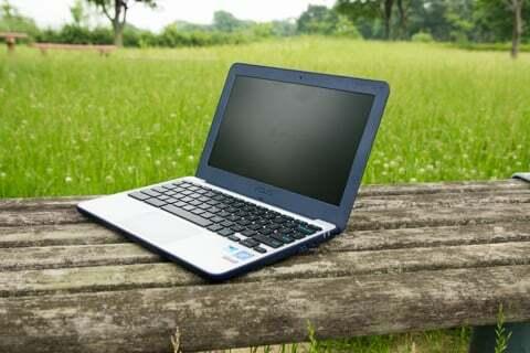ASUS Chromebook C202SAの写真