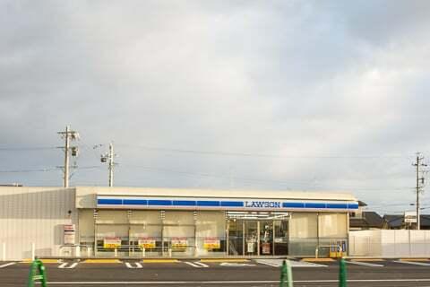 ローソン関西本郷通店の写真