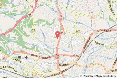 マルヤス亀山店の地図の写真