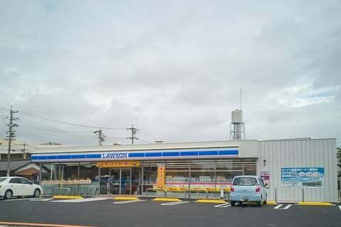 ローソン大垣三塚町店の写真