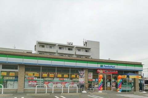 ファミリーマート瑞穂大西店の写真