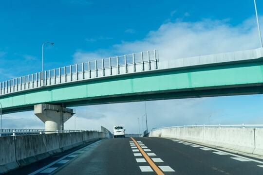 高架の道の写真