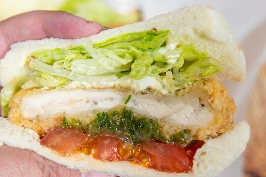 チキン南蛮サンドの写真